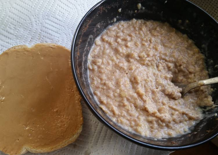 Simple Way to Prepare Super Quick Homemade Banana oatmeal healthy breakfast
