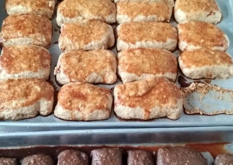 14. Kue Kacang Ambyar