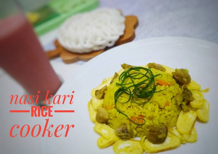 Nasi kari rice cooker