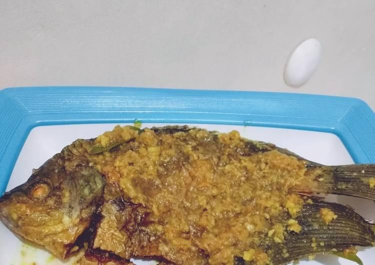 Gurame Bumbu Acar Kuning - cookandrecipe.com