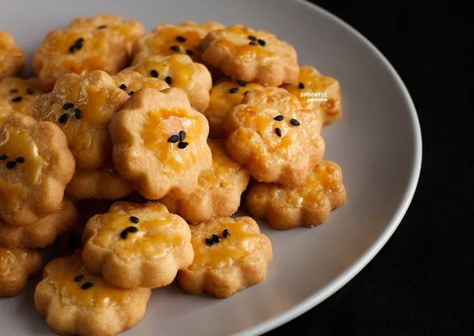 Salted Egg Yolk Cookies