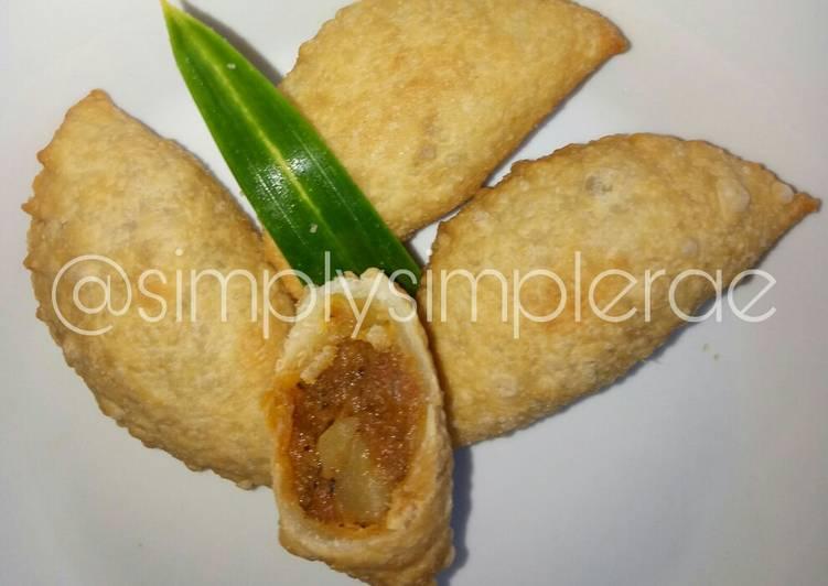 Karipap Kampung Inti Kari Kentang & Daging Cincang