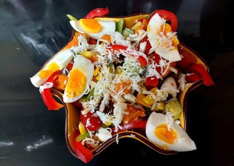 Recipe of Super Quick Homemade My Avocado, 2 Cheese & Everything Salad 😉