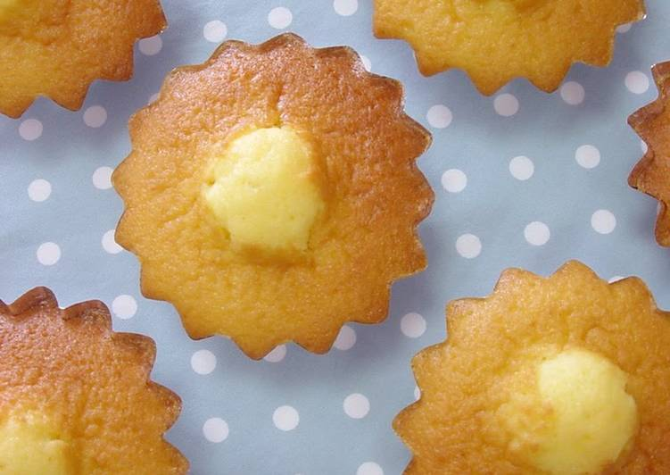 Recipe of Award-winning Easy Madeleines with Belly Buttons