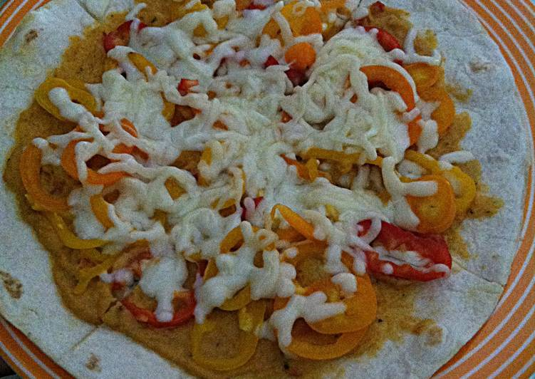 Easy Hummus Pizza