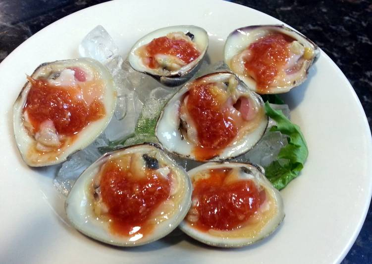 Raw Clams on the Halfshell