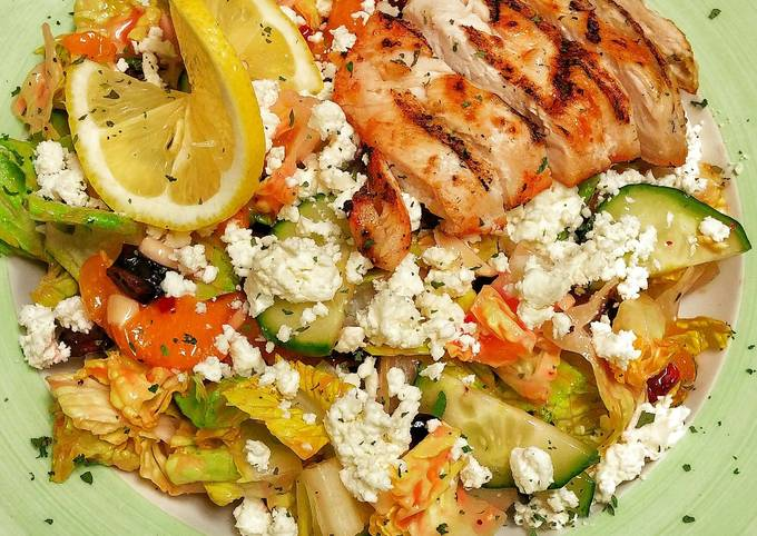 Tropical Salad w/grilled chicken