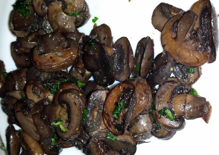 Simple Way to Make Ultimate Mushrooms in Red Wine