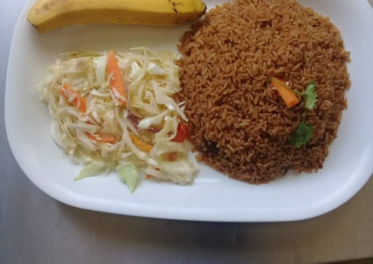 Steps to Prepare Perfect Beef pilau Rice, steamed cabbages n a banana