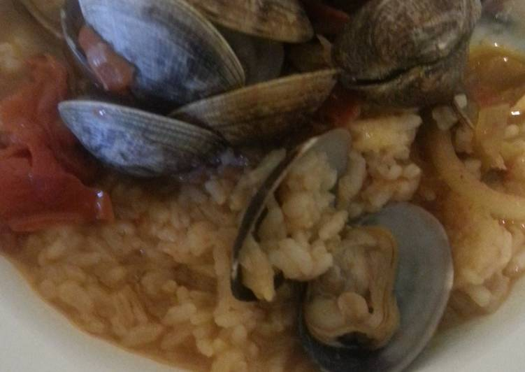 Clams and rice