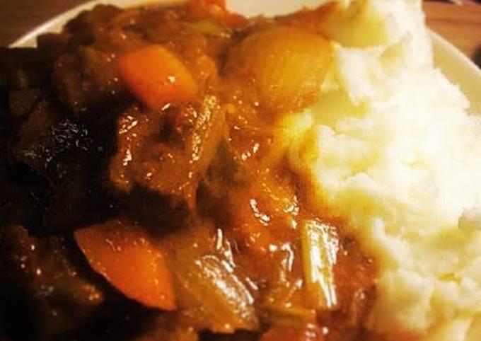 Beef Bourguignon (One Pot)