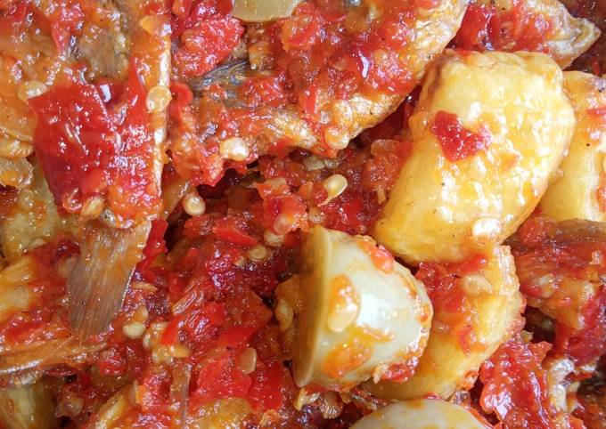 Balado kentang,jengkol,tempe,ikan asin