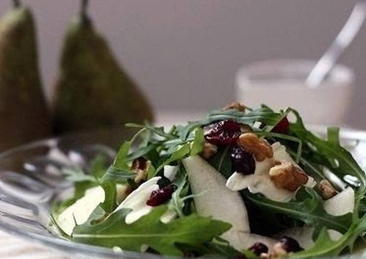 Recipe of Ultimate Brie, Pear, Cranberry, and Walnut Salad