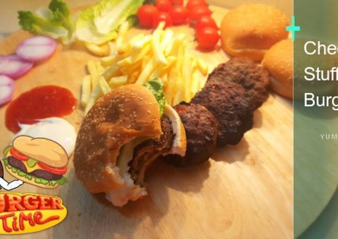 Recipe of Super Quick Homemade Cheese Stuffed Smoked Burger RECIPE????????(With Video)