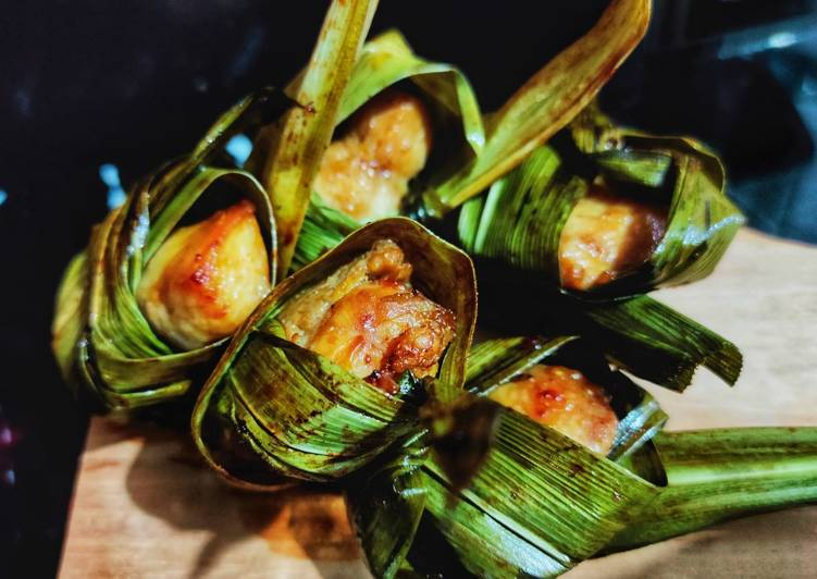 Ayam Goreng Pandan ala Thailand - Gai Hor Bai Toey