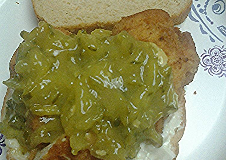 Easiest Way to Prepare Speedy Dill pickle chicken sandwiches