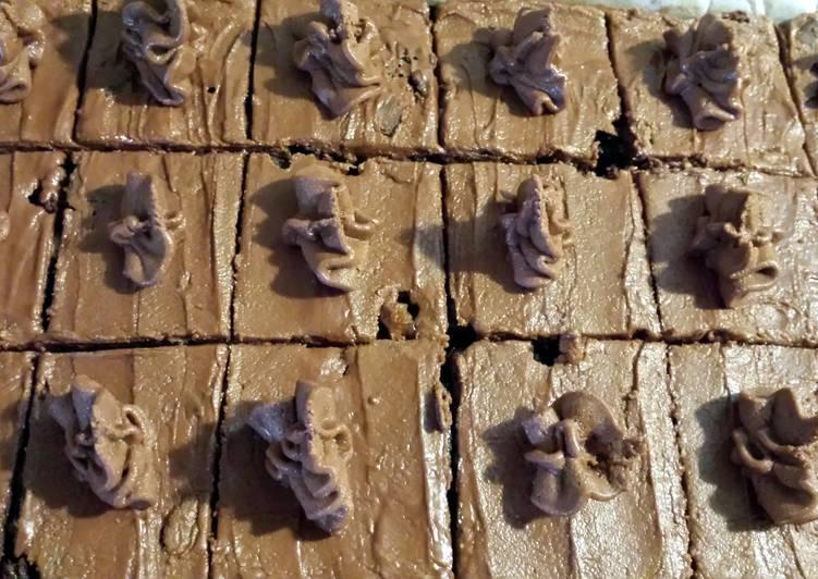 Chocolate Fudge Slice - Laurie G Edwards