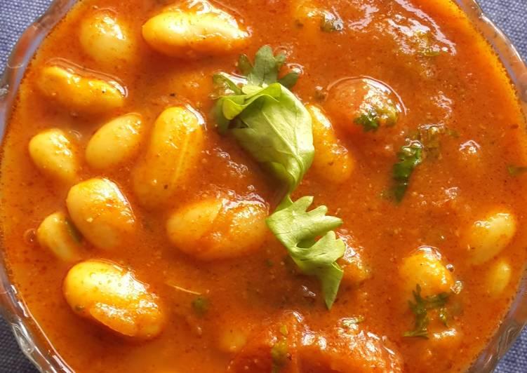 Tangy - spicy Rajma masala