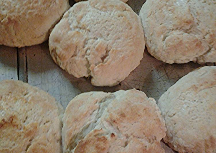Cathead buttermilk biscuits