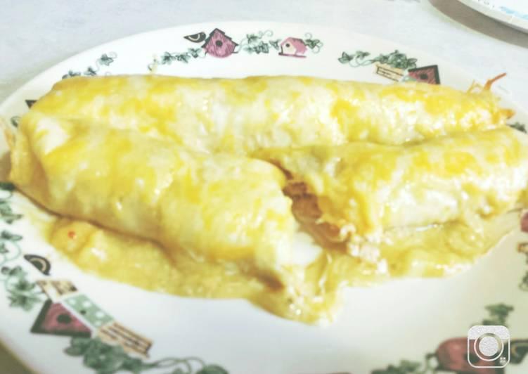 Easy Cheesy Chicken Enchiladas