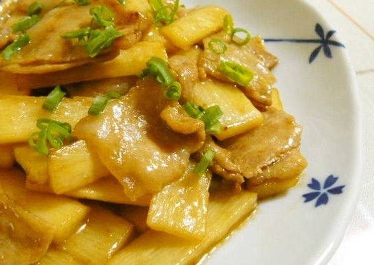 Use Food to Boost Your Mood Rich Stir-fried Pork Belly and Nagaimo Yam with Oyster Sauce