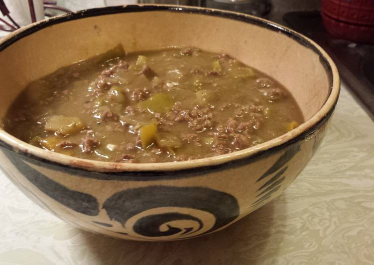 Ground beef green chili