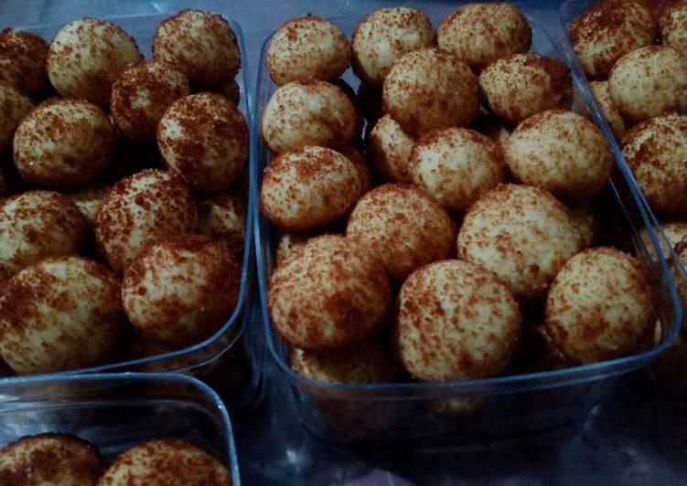 Palm Cookies (Kue palem)