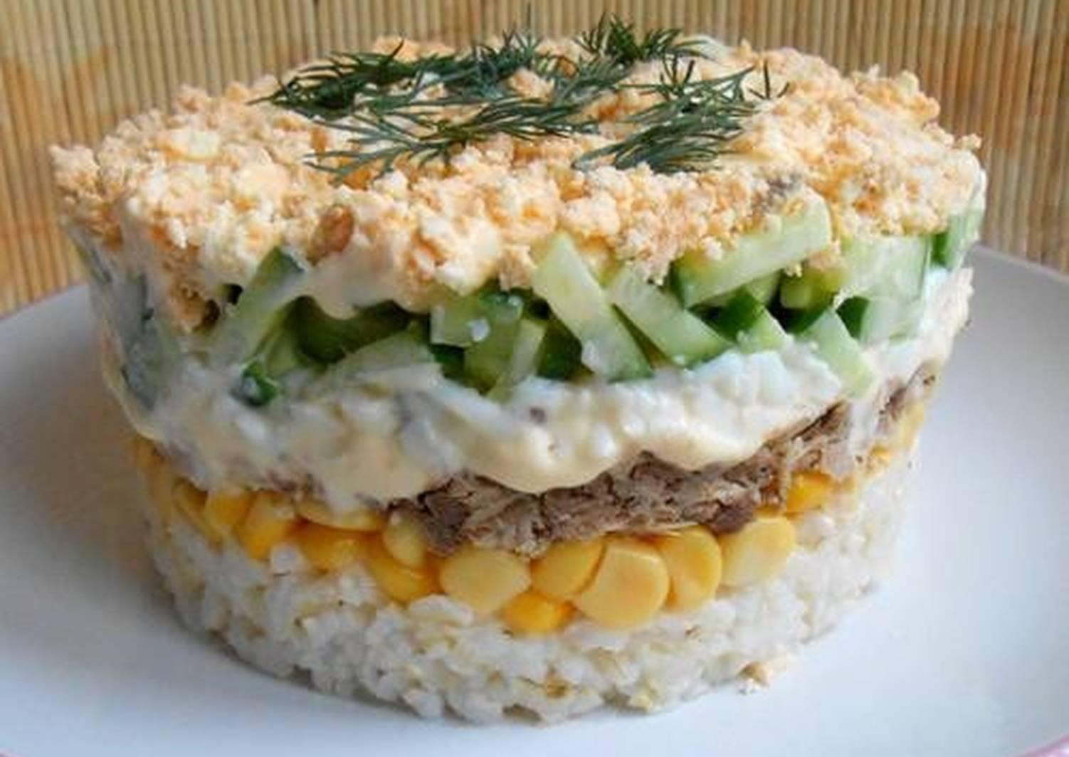 олки рецепты салатов слоями с фотографиями одной версий, название