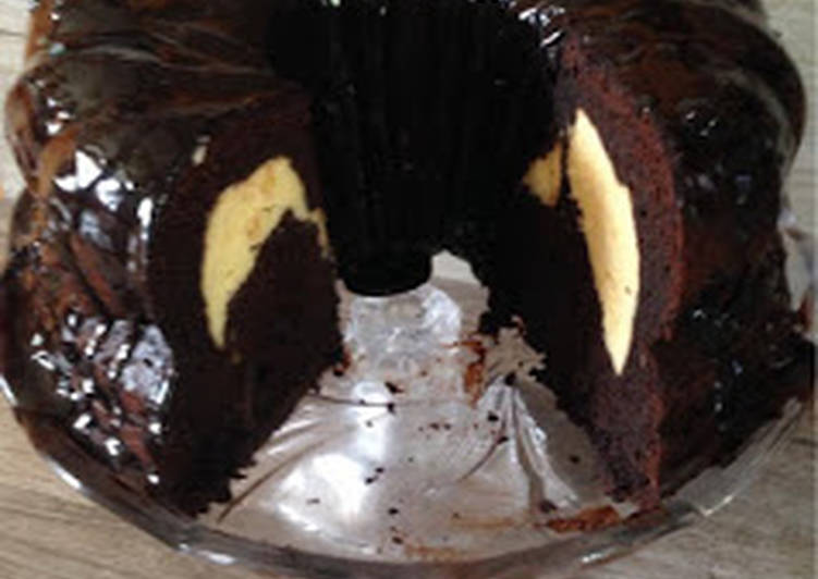 Cheese cake filled chocolate bundt cake!