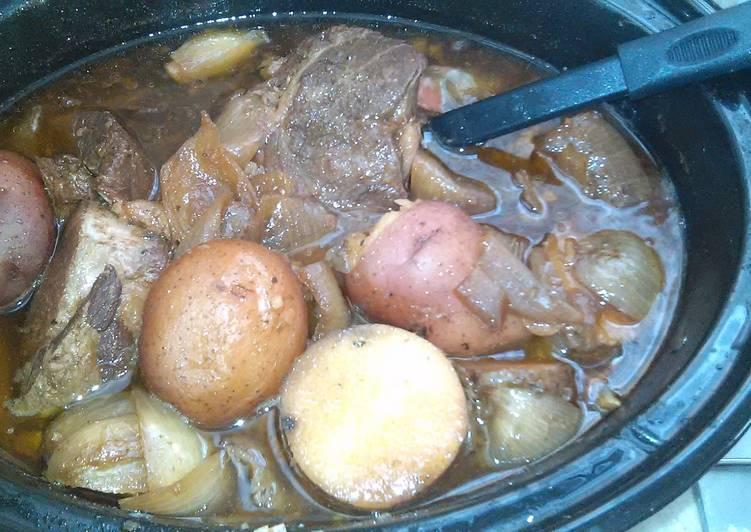 Nikki's Roast and Potatoes