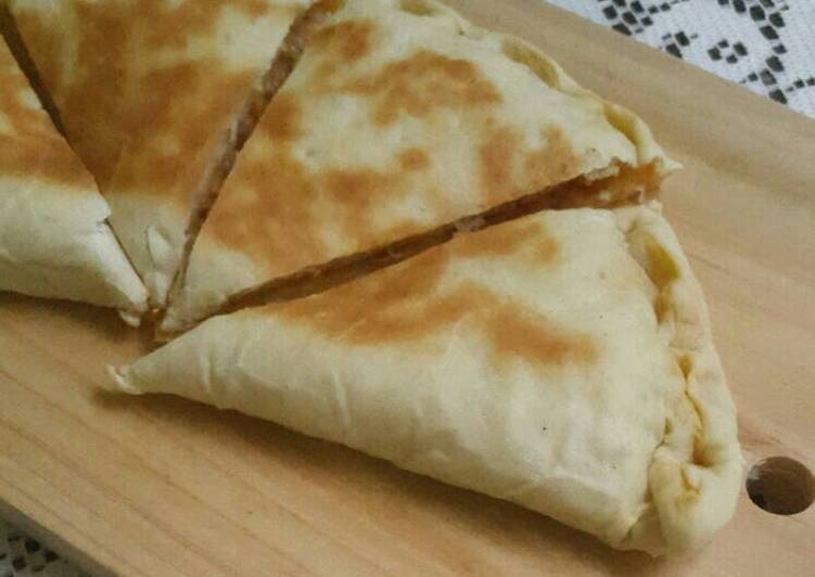 Resep Calzone Pizza Lipat Oleh Diva Fathinova Cookpad