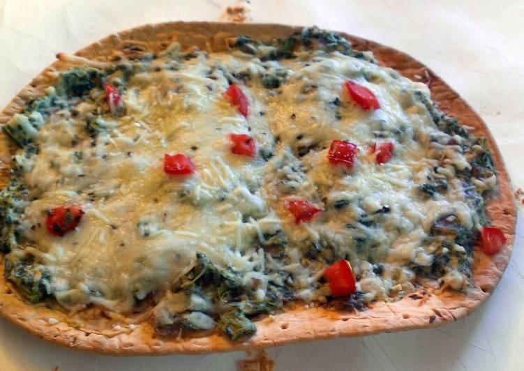 Baked Spinach florentine flatbread