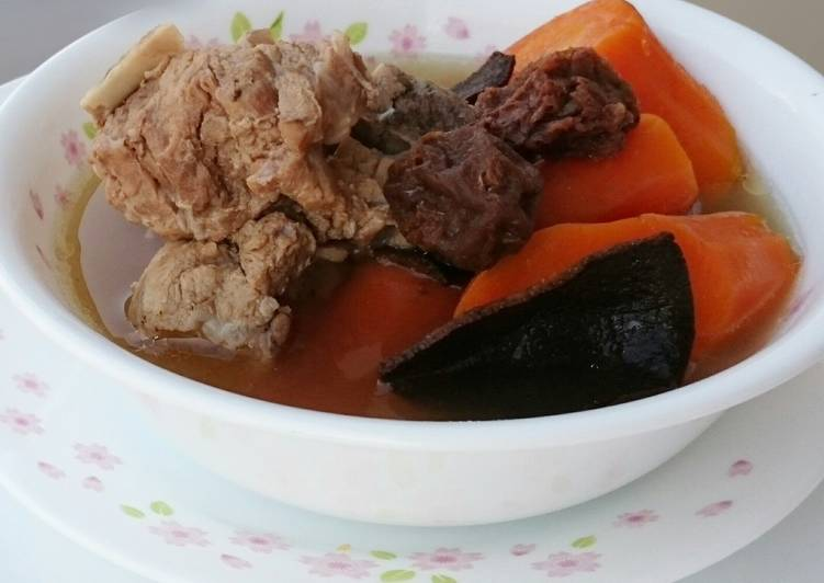 Carrot And Sour Plum In Pork Soup