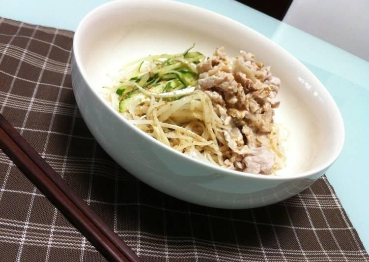 10 Minute Recipe of Homemade Cold Pork Shabu-Shabu Somen Noodles with Sesame Sauce