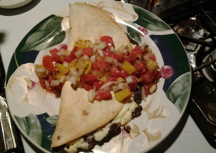 Baked meatless tacos (with fresh salsa)
