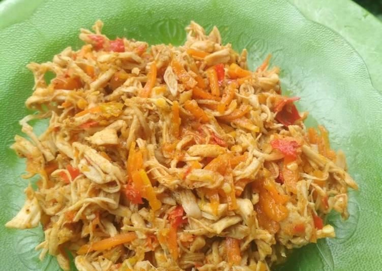 Ayam suwir wortel hot isian cireng