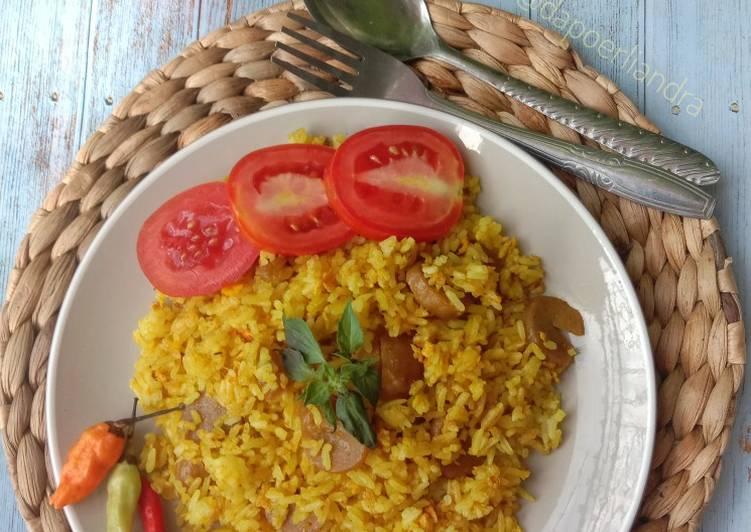 Nasi Goreng Kuning Kencur