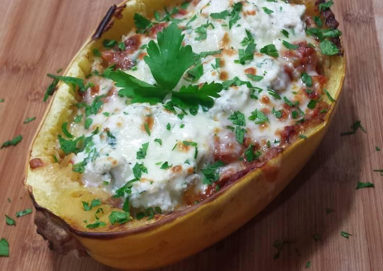 Recipe: Delicious Easy 3 Cheese Spaghetti Squash Boat