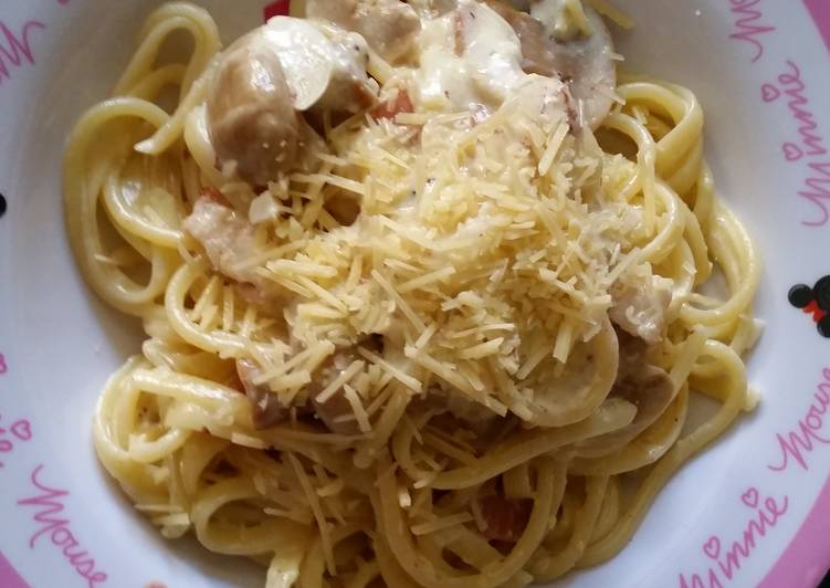 How to Make Perfect Linguine alla carbonara