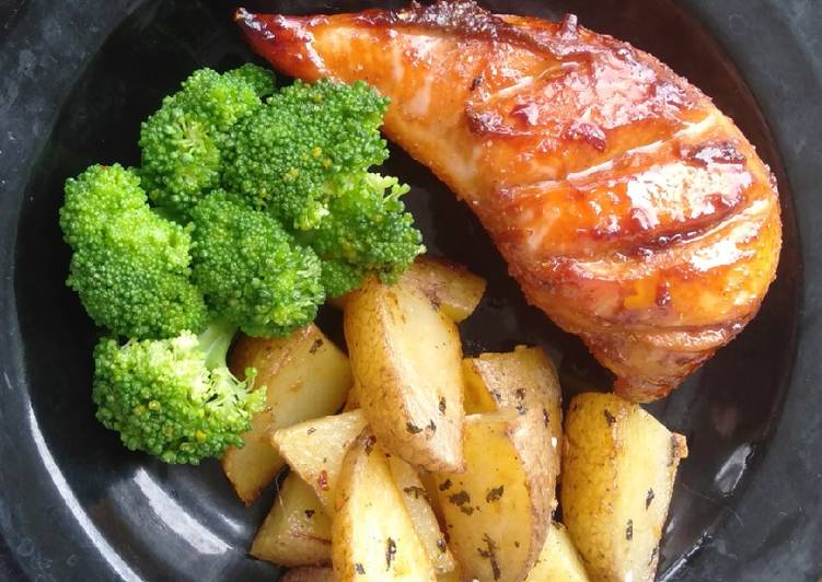Ayam Panggang Teflon + Potato Wedges (Menu Diet) - cookandrecipe.com
