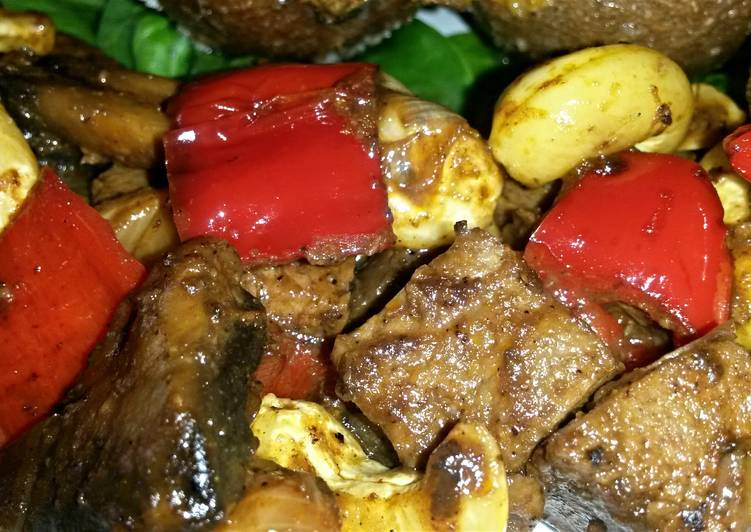 Sig's Curry with Nuts,Peppers and Micro Protein ( Quorn )