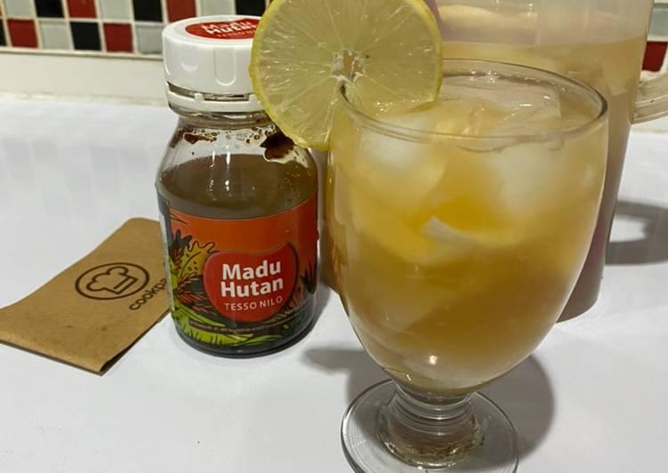 Es Kelapa Lemon Madu