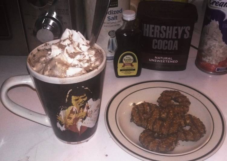 Easiest Way to Make Any-night-of-the-week The Perfect Hot Cocoa ⛄☕