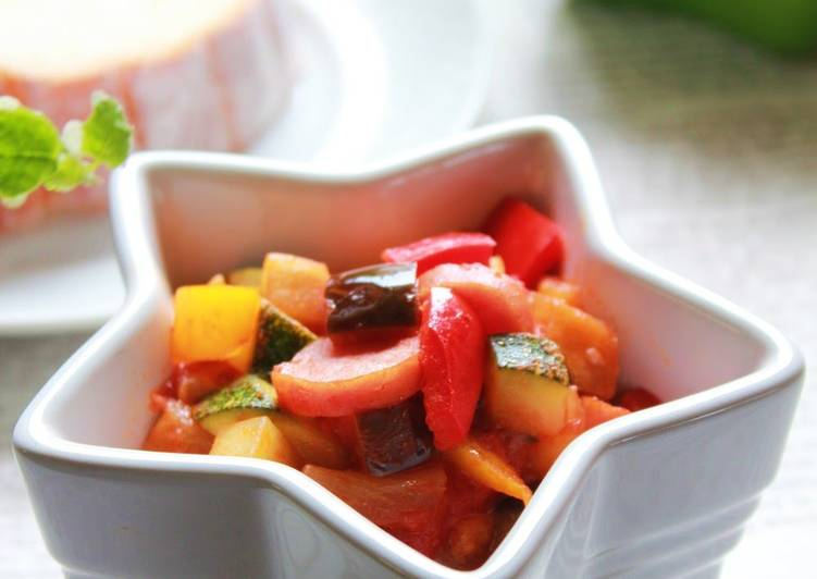 Steps to Prepare Super Quick Homemade Summer Vegetable and Wiener Sausages Ratatouille-Style