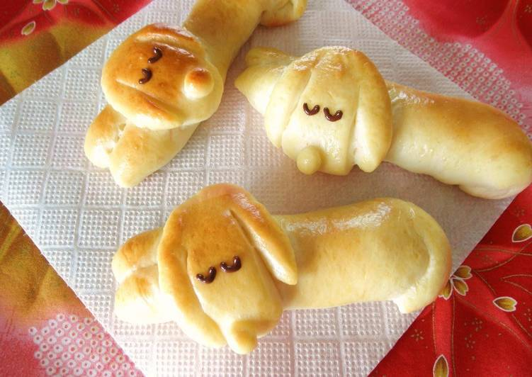 Step-by-Step Guide to Make Ultimate Dog-Shaped Bread Rolls: Sleeping Dachshund Wiener Sausage Bread