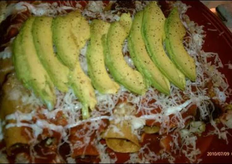 Homemade Flautas de Res