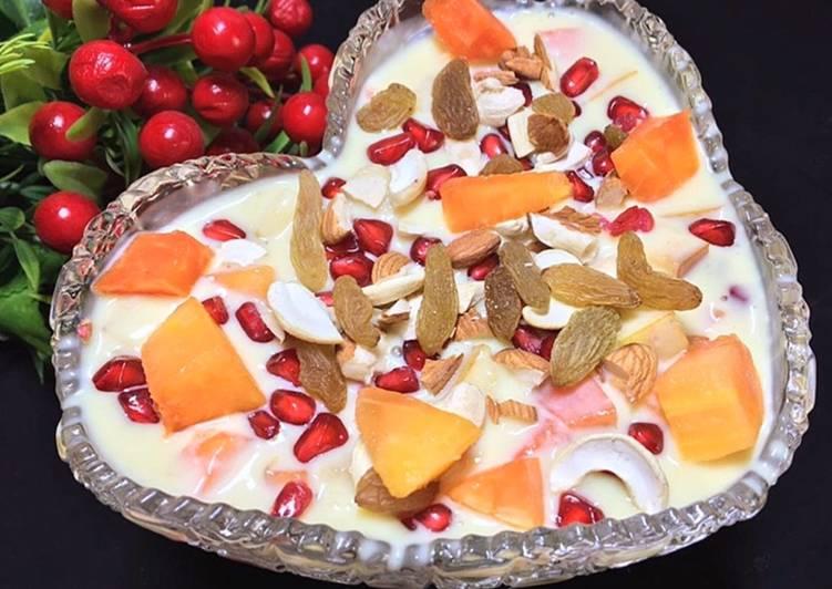 Step-by-Step Guide to Prepare Award-winning Vanilla Custard