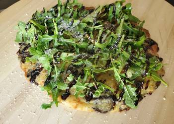 How to Recipe Perfect Cheesy Mushroom Onion Flatbread