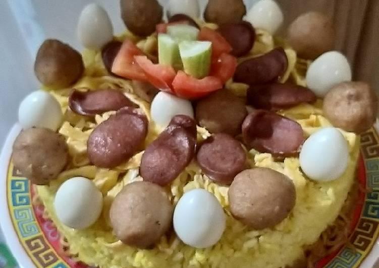 Nasi kuning rice cooker birthday cake - cookandrecipe.com