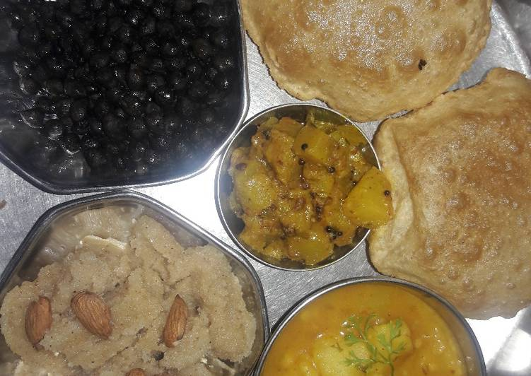 Recipe of Award-winning Navmi Mata bhog thali